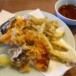 三楽園 - 料理写真:公魚天ぷら