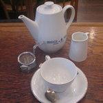 ティーハウス ムジカ - 紅茶はポットサービスです
