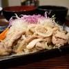 酒蔵 栄楽 - 料理写真:豚ロース生姜焼定食 840円。