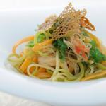 リストランテ ウミリア - UMIRIAコースの一品より  濃厚な渡り蟹のアーリォ・オーリオ 3種のタリオリーニ