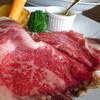 ターシャ - 料理写真:自慢の一品。暖炉焼きローストビーフ
