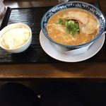 大福 - 豚骨そばとごはんセット ¥680(税別)