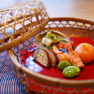 妙見石原荘 - 料理写真:かご盛りの八寸風。