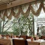 ビストロ備前 - <2F貸切スペース>立食15~100名様、着席15~50名様まで。ニコライ堂と緑の美しい豪華空間!