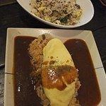ポレポレ - 夜のセレクトランチより。オムライス&ひき肉と玉子のチャーハン。