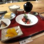 酒蔵 縁 - 盆盛り¥1000(内容日替わり)