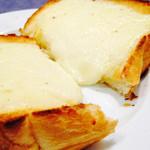 ゴントラン シェリエ - モーニング ラクレットチーズトースト