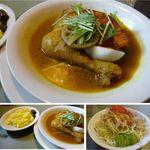 こうひいはうす - チキンスープカレーセット。サラダとターメリックライス付。こうひいはうす(札幌市)食彩賓館撮影