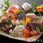 魚竹 - 魚竹名物!特選鮮魚の盛り合わせ