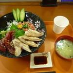 横須賀パーキングエリア(下り線) - まぐろ大漁丼