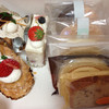 洋菓子 Julian - 料理写真:ミルフィーユ、苺ケーキ、モンブラン他