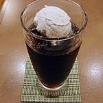 ビッグツリーカフェ - ウインナコーヒー 480円 (2013/78) (^^