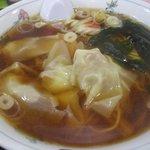 みずの中華料理店 - 雲呑麺600円