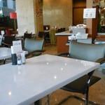 カフェ&ビュフェレストラン クレール - 客席