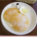 26081714 - メープルパンケーキ2枚 ¥600