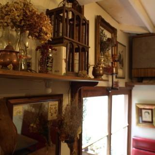 古民家をリノベーション。落ち着いた雰囲気の店内