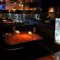 """""""水""""に囲まれた銀座のオアシスで、日本らしい洋食を。"""