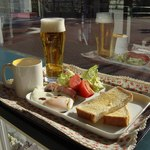 カフェ ステーション - モーニング+生ビール中