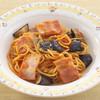 モッチモ パスタ - 料理写真:ナスとベーコンのトマトソース 850円