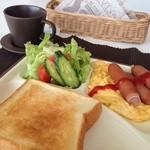 イルソーレ - 料理写真:モーニングセット:Bセット494円
