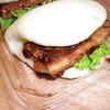 新鮮市場 - 料理写真:豚肉の挟み焼き 2個380円