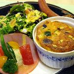 阿蘇 火の鳥温泉 欧風料理宿 ログ山荘 火の鳥 - 朝食のプレート