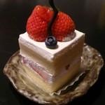 パティスリーウスナガ - ショートケーキ