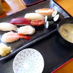 福よし - 中生寿し お味噌汁付き