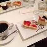 ニロ カフェ - NIROのおまかせケーキセット(980円)