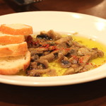 プッチー - マッシュルームのガーリックオイル (マッシュルームの芳醇な香り)