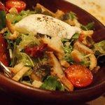 ブション・ドール - シンの燻製入り リヨン風サラダ タマゴ添え