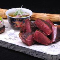 龍吟山本征治の料理動画をYouTubeで観る事ができます。