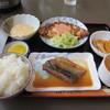 Wink - 料理写真:日替わりランチはスープにメインのおかず2つと小鉢が2つそれにご飯がついて630円でした。