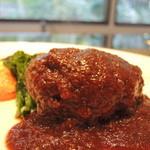 キッチン イトウ スタイル - 料理写真:国産牛100%のハンバーグステーキ