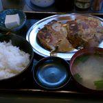 ギョーザの店 - ギョーザ定食(2014.04)
