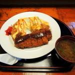 竹乃家 - 2014年4月13日(日) カツオムライス(並)900円(味噌汁付)