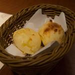 バルバッコア - ポンデケージョ(チーズパン)