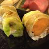 田吾作寿司 - 料理写真:フォアグラと奈良漬けと酢飯をレタスで巻いたもの