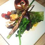 市場小路 - 焼き野菜と京生ふの八種盛り(¥1280)