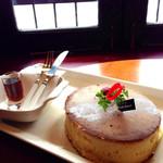 珈琲美人 文月 - なつかし味のホットケーキ