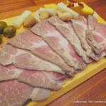 Arika - 豚肩肉茹で オリーブ