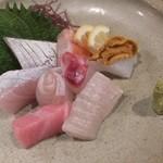 海鮮食堂 すいか - (2014/4/19)刺身の盛り合わせ。前回と同様、可愛い盛り付けでした。