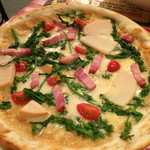 モルトボーノ - 季節のピザ