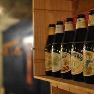 西海岸モノを中心に厳選したクラフトビール&ワインをお気軽に!