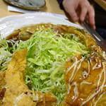 酒蔵十字屋 - 十字焼き(中濃ソース)550円 中はキャベツワールド!