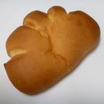 ムブユ - クリームパン (ココナッツクリーム)