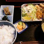 海人市場 - 鮫の竜田揚げ定食