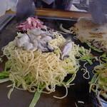 村上お好焼 - 播州赤穂の鮮牡蠣