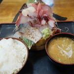 タカマル鮮魚店 - 1500えん『週末名物特上タカマル』2014.4