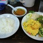 新華苑 - 料理写真:4月28日の日替わり定食850円(価格据え置きですね)